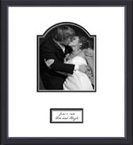 Browser through our special unique signature picture frames for weddings, wedding anniversaries, retirement parties, etc. We carry a large selection of signature frames, signature wedding frames, wedding signature frames and signature photo mats.
